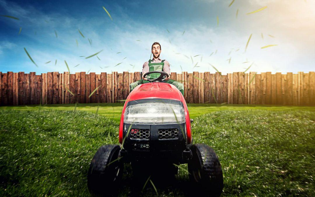 Comment bien choisir son tracteur tondeuse ?